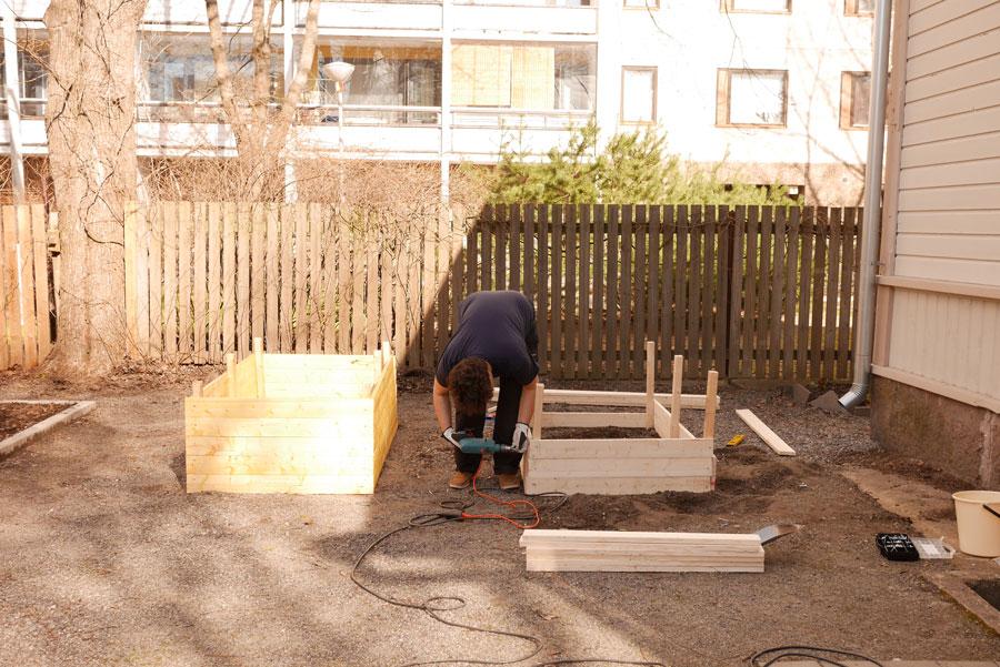 tuulinenpaiva.fi-raised-garden-beds2