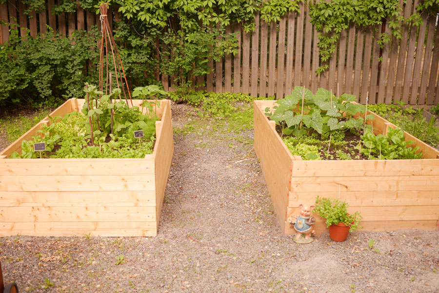 tuulinenpaiva.fi-raised-garden-beds8