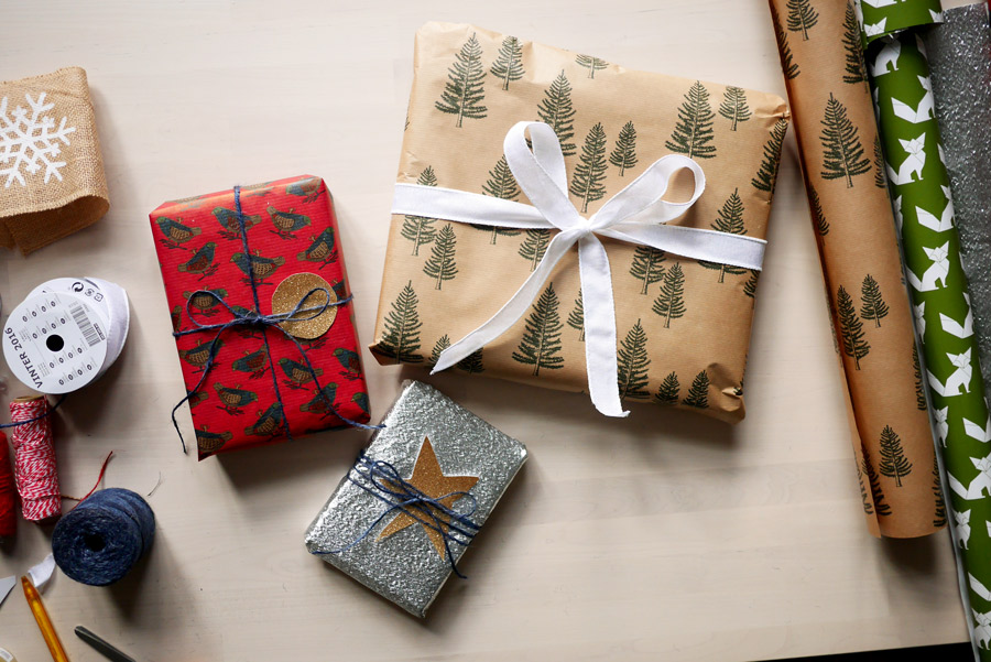 tuulinenpaiva-fi-joululahjojen-paketointia-2